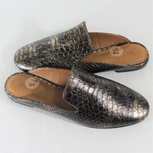 Frye Terri Snake Embossed Slip On Flat New S37